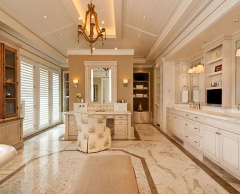 traditional design bathroom cabinets